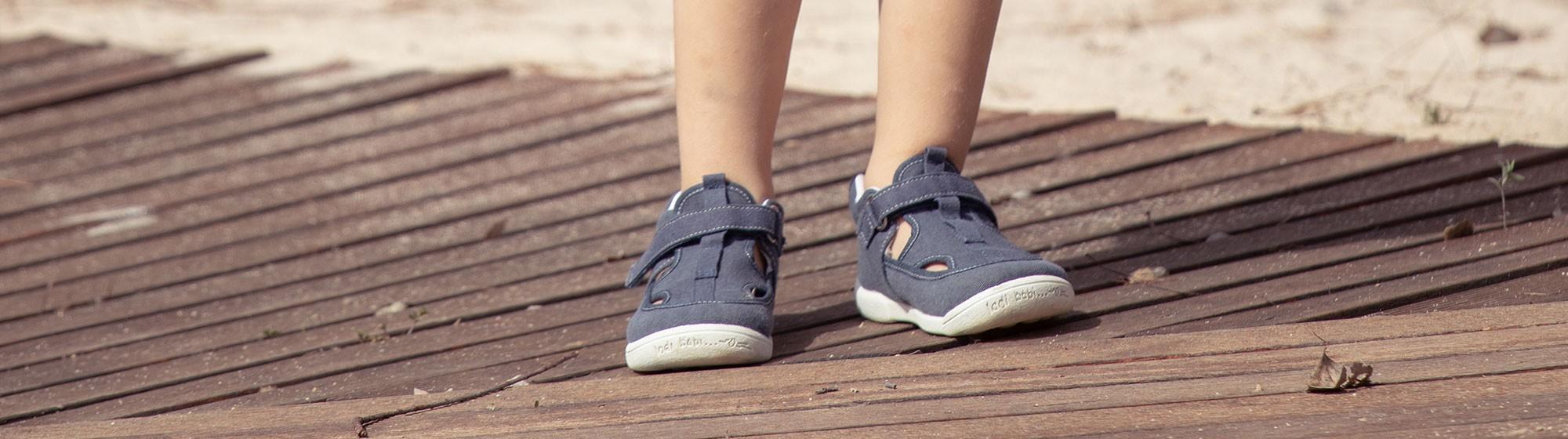 Sandálias e Chinelos