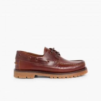 Sapatos de Vela com Atacadores Castanho