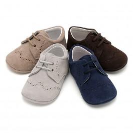 Sapatos Bebé de Camurça tipo Blucher