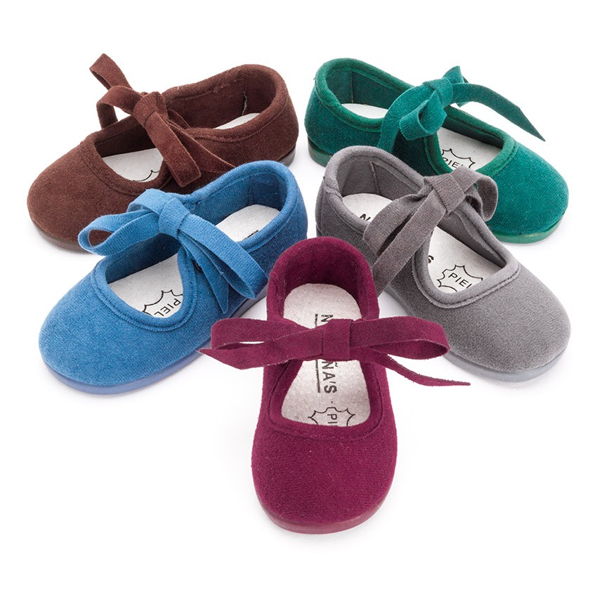 Sapatos tipo Camurça Norteñas com Laço