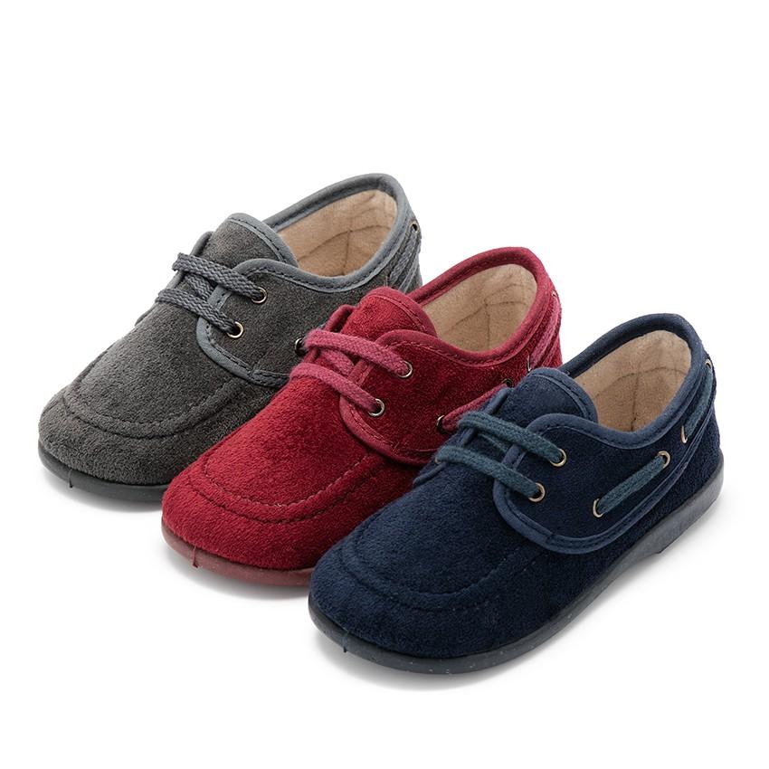 Sapatos de Vela tipo Camurça com atacadores