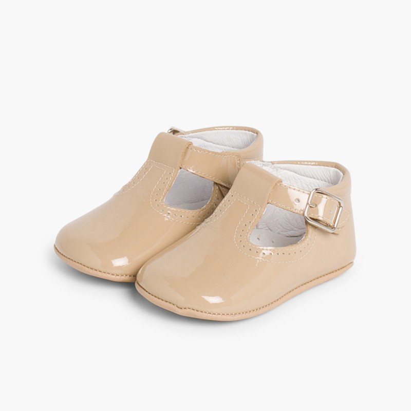Sapato Pepito Verniz Bebé com Fivela Camel