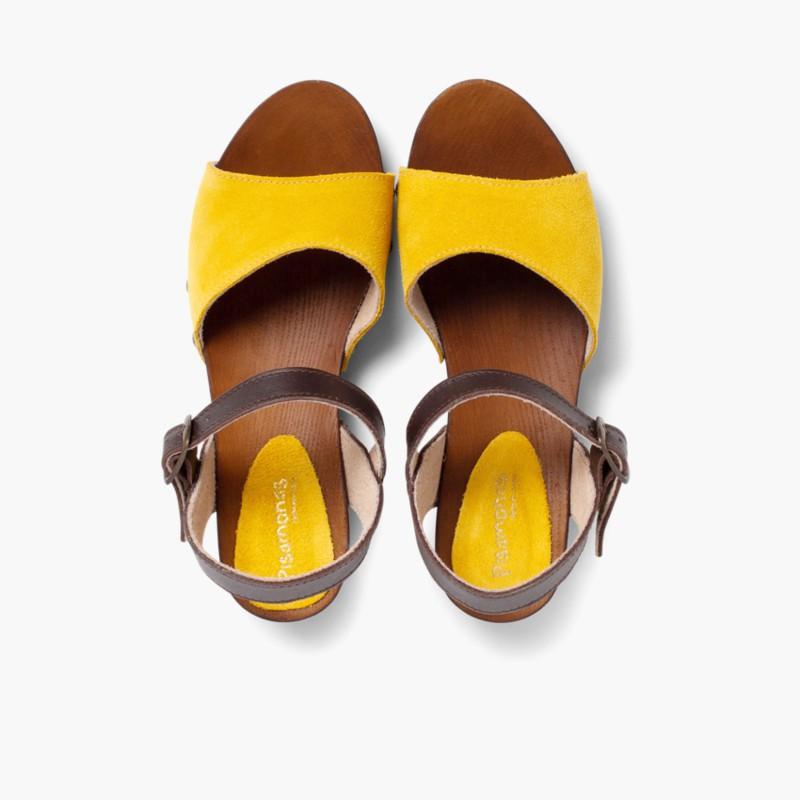 Sand��lias Camurça Sola tipo Madeira Amarelo