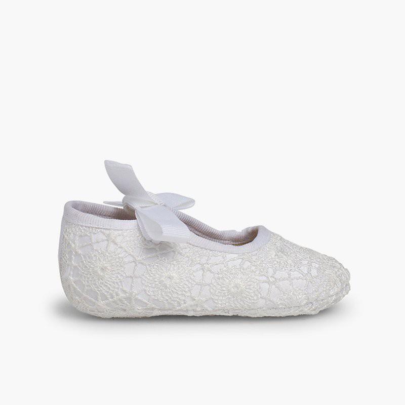 Sapatos Croché Fecho Laço