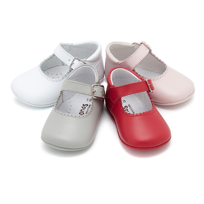 Sapato Mercedita Pele Bebé com Fivela