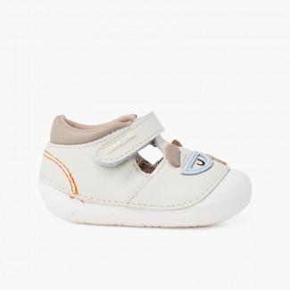 Sandálias sola flexível primeiros passos ursinho Rosa