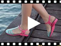 Video from Sandálias de Borracha para Mulher com tira tipo romanas - modelo Laida