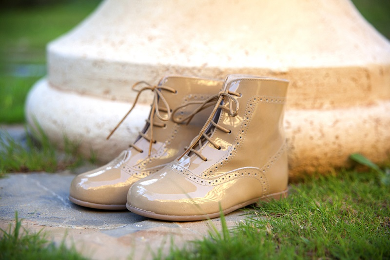 Como limpar Sapatos de Verniz